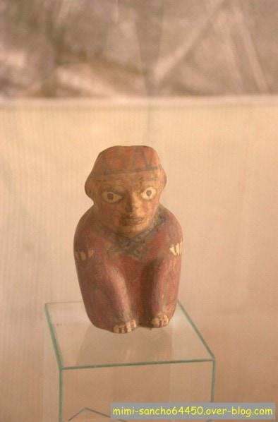 statue Nasca